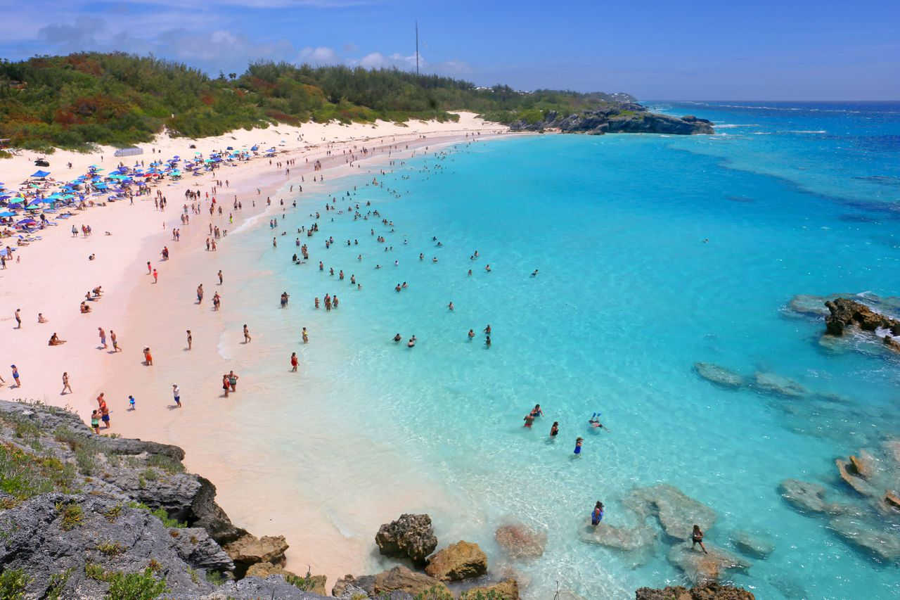 Bermuda launches new year-long visa for students + remote workers